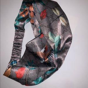 afed2e6a28d Gucci Accessories - Gucci Tian Silk Hummingbirds Bees Headband